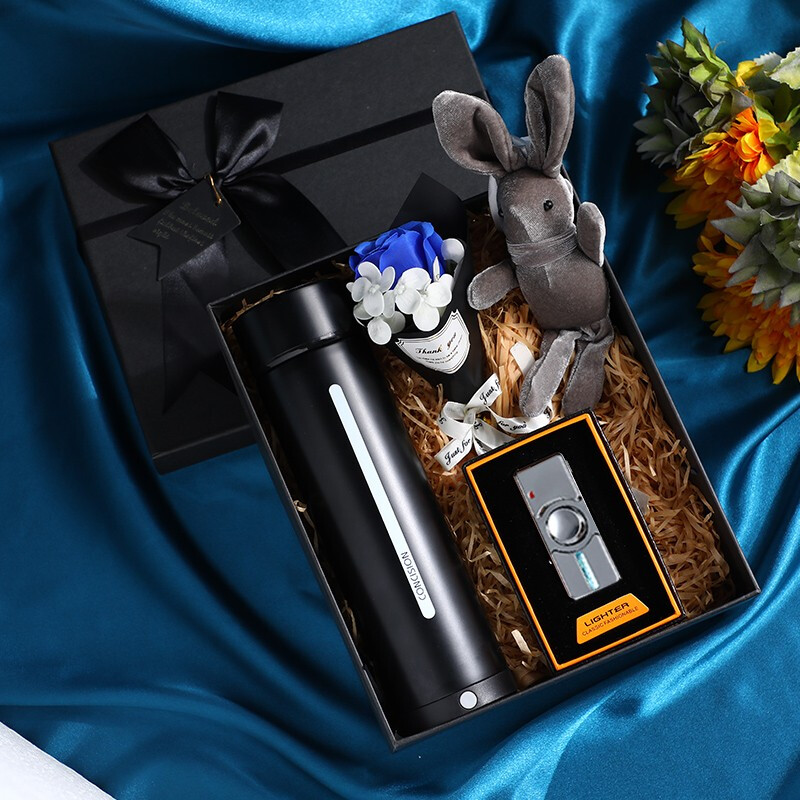 义乌市森琪贸易有限公司|千羽森礼品:送杯子的含义是什么?