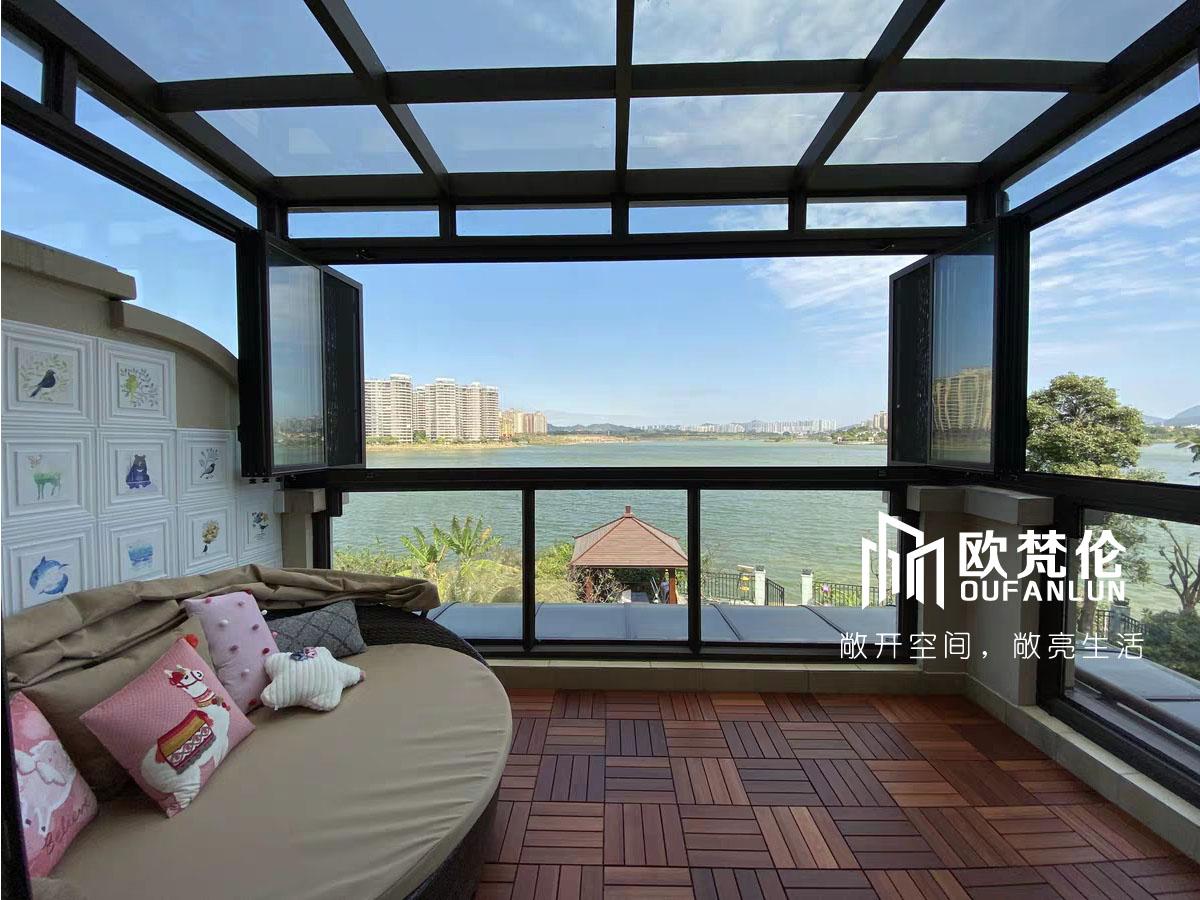 上海信淳建筑装饰工程有限公司:欧梵伦折叠窗让你瞭望星辰大海